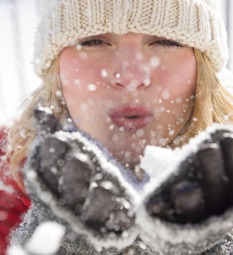 Уход за кожей и косметологические процедуры в период «зима-холода»